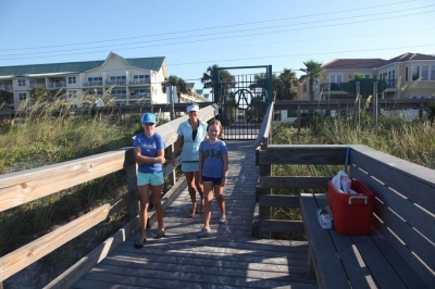Beach Clean-Up 2016 4a.jpg