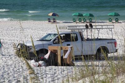 Beach Clean-Up 2016 13.jpg